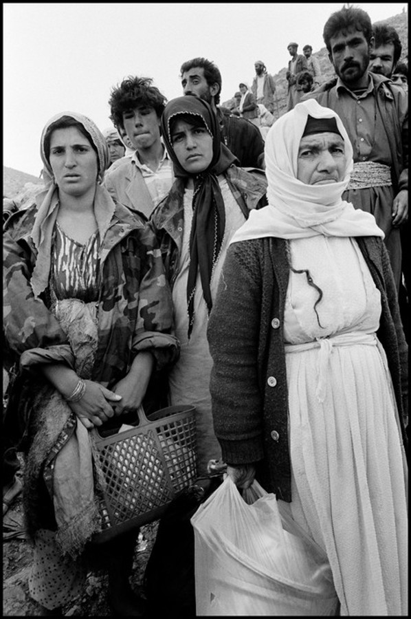 Fotografía Bruce Gilden © IRAQ, Kurdistan, 1991 / La historia se repite